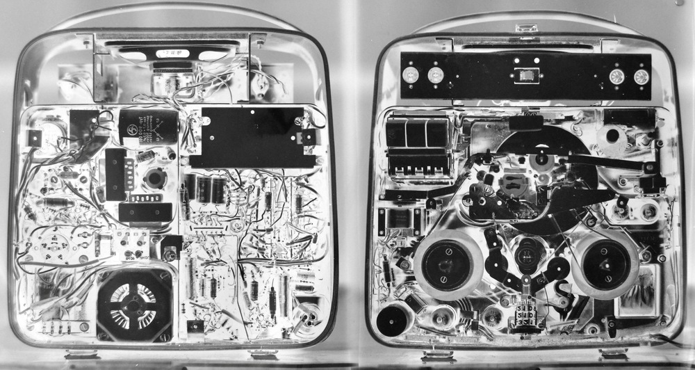 Pedro Wainer - Grabador de cinta magnética Telefunken. 200 x 107 cm. Exposición directa sobre papel RC brillo, original (impresión única). (2013)